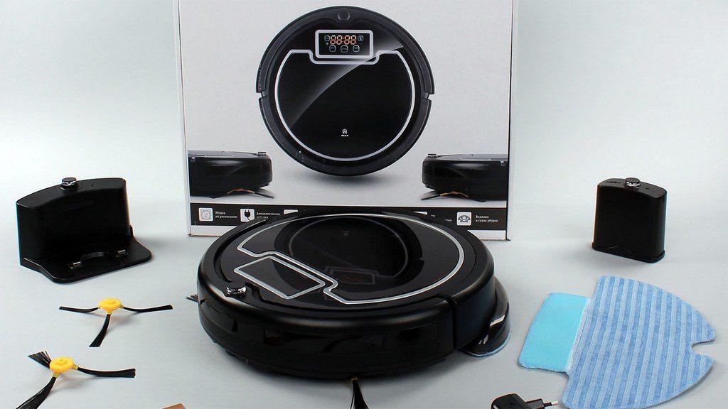 iBoto Aqua китайский робот-пылесос