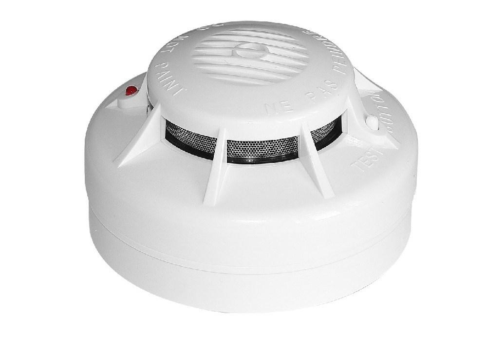 Датчик для обнаружения возгораний, сопровождающихся появлением дыма