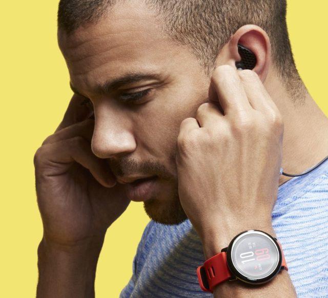 Музыку можно заливать на часы самостоятельно