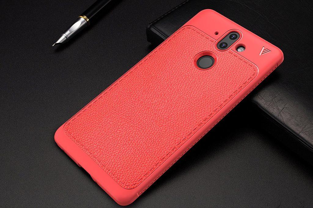 Фото смартфона Nokia 9 в красном чехле