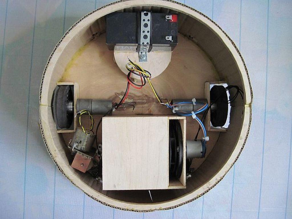 Изготовление робота-пылесоса в домашних условиях