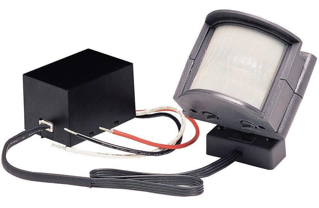 Уличный датчик движения со встроенным светильником