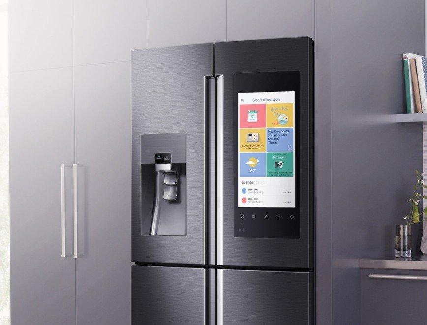 Смарт-холодильник Samsung Family Hub