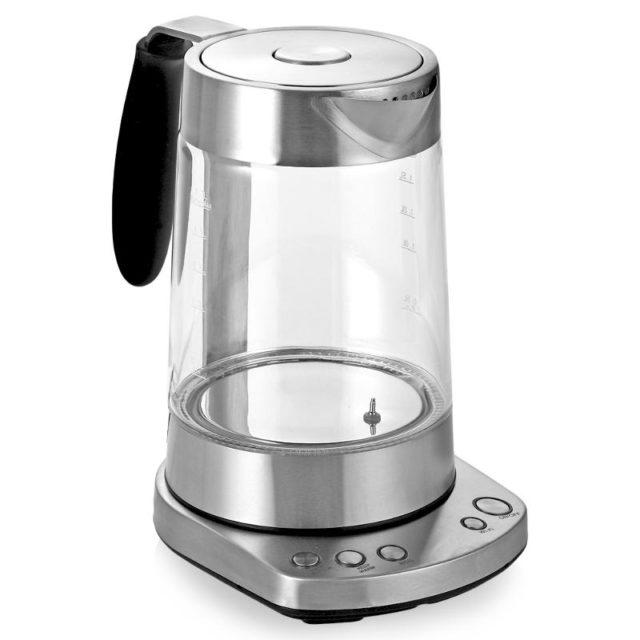 Этот классический смарт-чайник с возможностью управления со смартфона